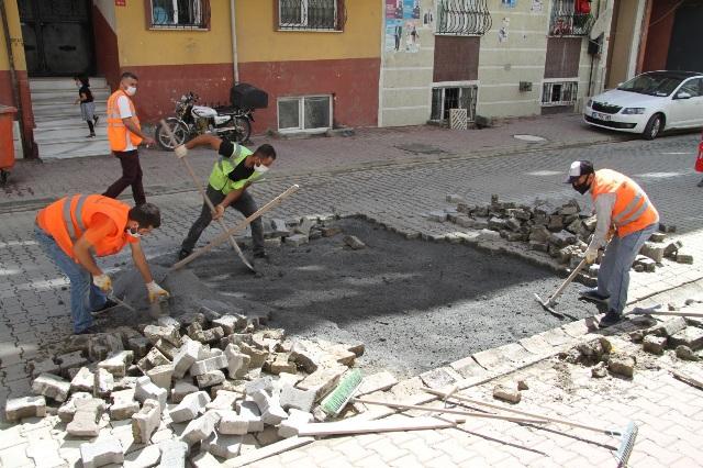 SELDEN ETKİLENEN MAHALLELERDE ÇALIŞMALAR DEVAM EDİYOR